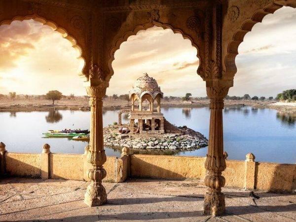 Viajes a la India - Que ver en la India - Jaisalmer Lago Gadisar