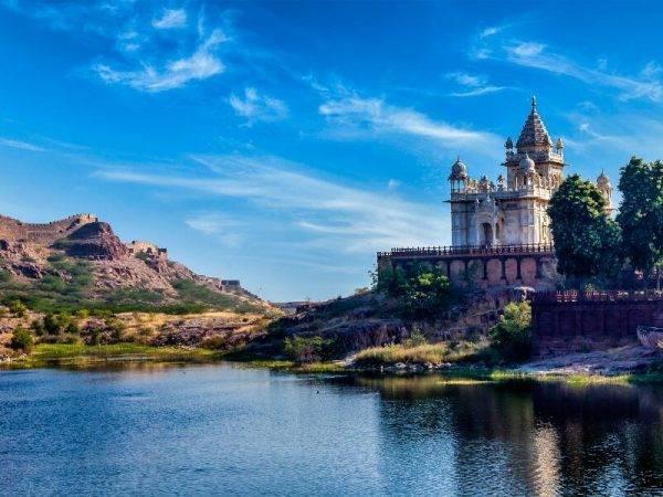 Viajes a la India - Que ver en la India - Jodhpur - Mausoleo Jaswanth