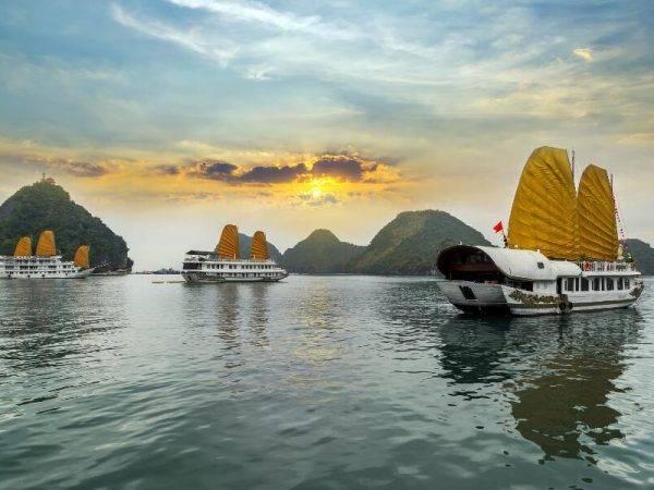 Viajes a Vietnam - Que ver en Vietnam - Bahía de Hanoi