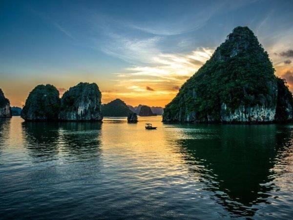 Viaje Vietnam - Bahía de Hanoi