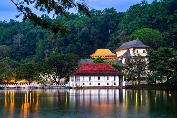 Viajar Sri Lanka Kandy Lago