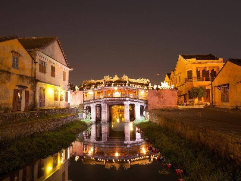 Vietnam y Camboya - puente japones en Vietnam