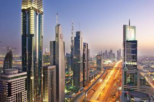 ¿Vas a viajar a Dubái? Te decimos lo que no puede faltar en tu maleta