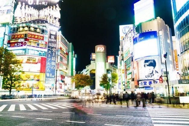 arquitectura-de-japon-ciudad-de-vias-urbanas_1203-6183