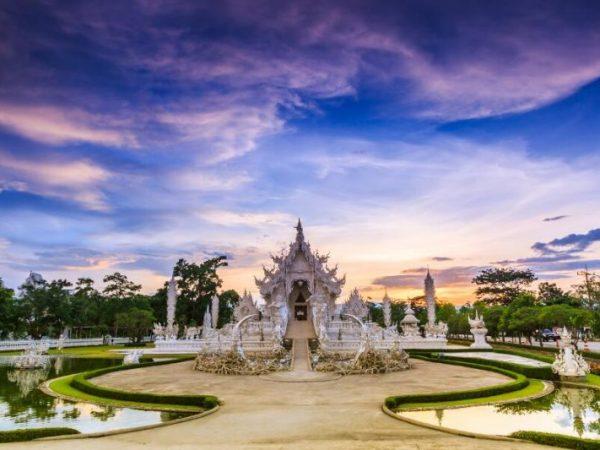 Viajes Tailandia Chiang Rai templo Wat Rong Khun