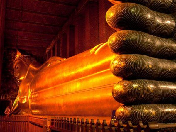 viajes-tailandia-bangkok-templo-Wat Pho-buda reclinado_800X600